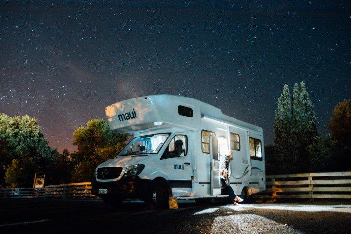 Ouderen Reizen Camper